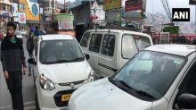 Taxi drivers in Shimla suffer finiancial losses amid COVID-19 pandemic