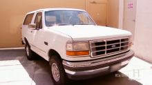 'Pawn Stars' takes O.J. Simpson's infamous white Bronco for a slow ride