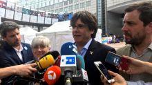 El juez Llarena rechaza suspender la orden de detención contra Puigdemont y Comín