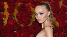 La hija de Johnny Depp, cuelga esta foto en topless