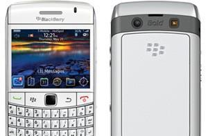 White BlackBerry Bold 9700 now shipping at T-Mobile for $100