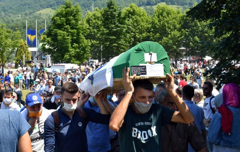 Nine newly identified victims of the 1995 massacre were laid to rest (AFP Photo/ELVIS BARUKCIC)