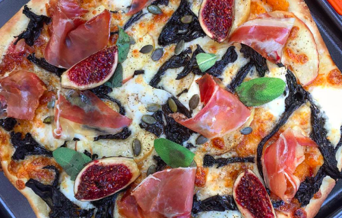 ~Autumn~ pizzas are a thing and we must consume them ASAP!