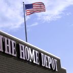 Why Home Depot is leaving Lowe's in its dust quarter after quarter