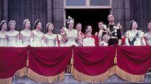 Recordamos las fotos de la coronación de Isabel II, 67 años después