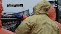 """""""Deadliest Catch"""": Captain's 18-year-old daughter Mandy joins crew"""