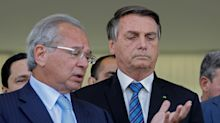 Perdão de dívida bilionária de igrejas coloca Bolsonaro entre a cruz e a equipe econômica