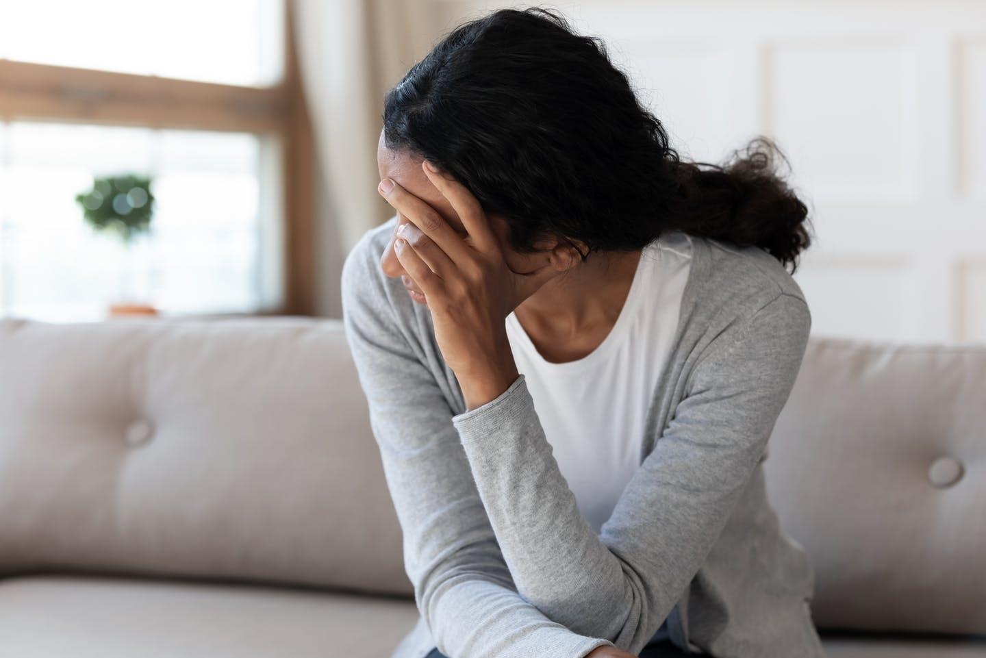 What causes miscarriages? An expert explains why women shouldn't blame themselves - Yahoo News