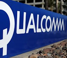 Qualcomm plunges after antitrust ruling in FTC case