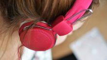 Hati-hati, Earphone Bisa Sebabkan Infeksi Telinga