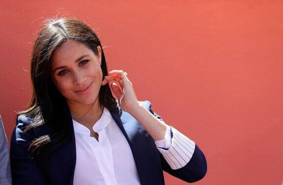 Thomas Markle is trying to get back into Meghan's good books, says royal biographer