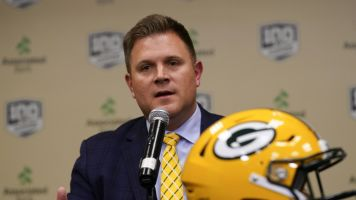 Will Packers draft a QB in first round?