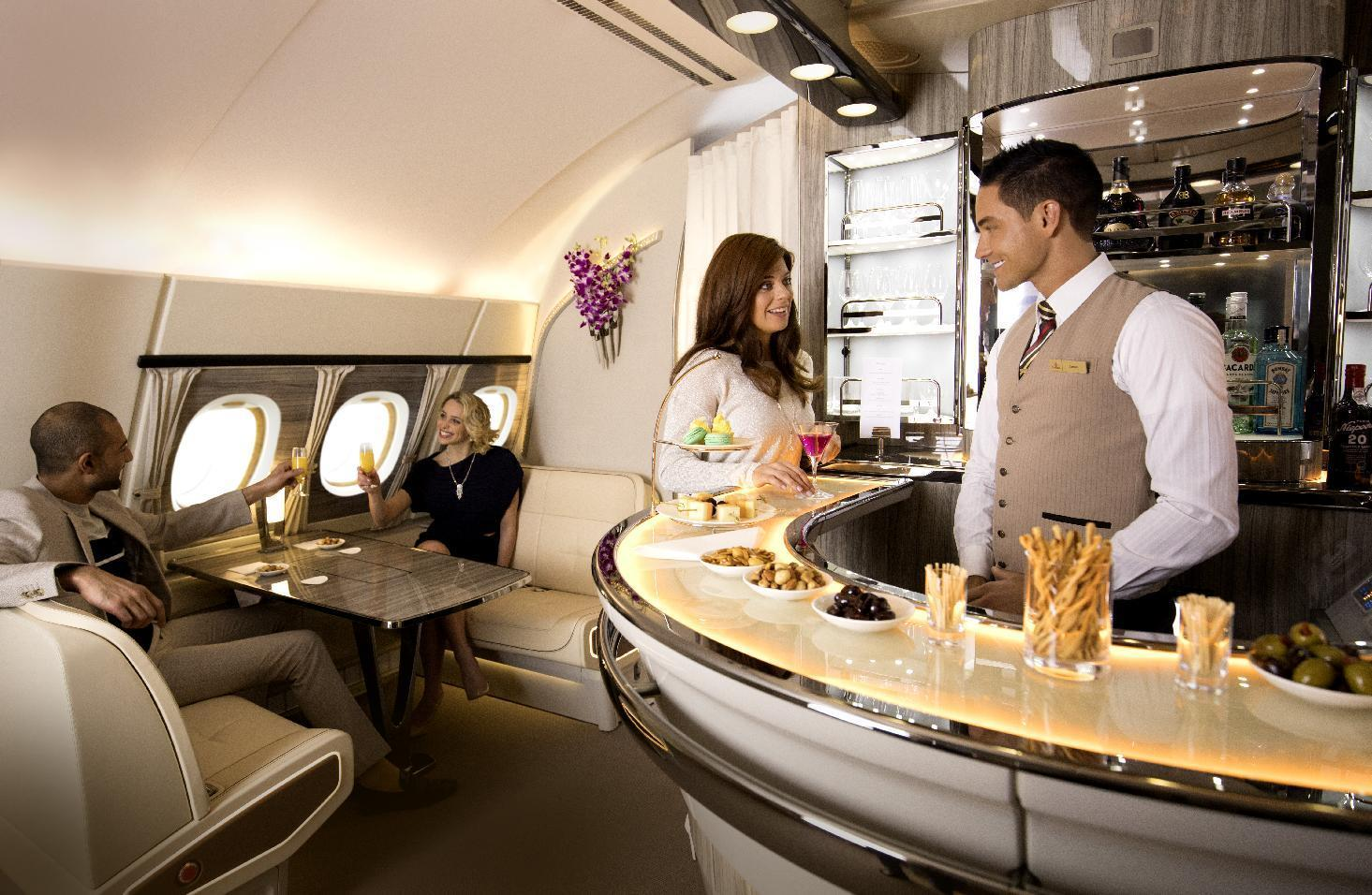 Tripadvisor users vote emirates the world 39 s best airline 2017 for Interieur gov dz vote