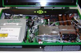 How-To: Make an Xbox 360 Laptop - part 3