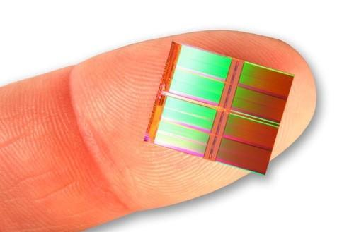Intel, Micron unveil first 128-gigabit flash chip, provide double the data density