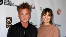 Sean Penn confirma que se casa vía Zoom con la joven actriz Leila George