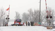 Wet'suwet'en pipeline protests: Where do you stand on the rail blockades happening across Canada?