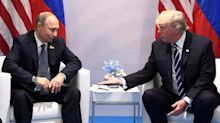 """Usa, Putin disse a Trump: """"Abbiamo le prostitute più belle del mondo"""""""