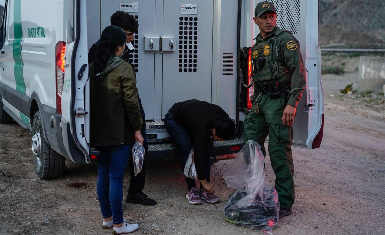 Police department says Border Patrol dumping coronavirus-positive migrants in Texas town