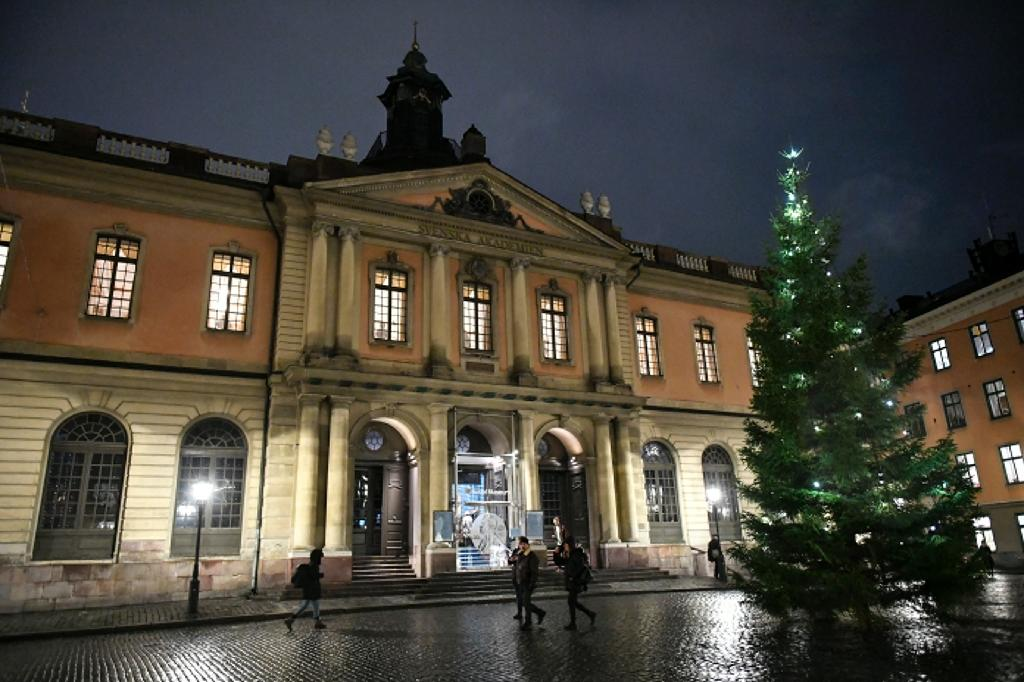 According to Swedish Radio, several members of the Swedish Academy have suggested reserving this year's Nobel Literature Prize, and awarding it alongside the 2019 prize next year The Swedish Academy, which awards the Nobel Literature Prize, has been rattled by a sexual scandal as several Academy members, their wives and their daughters have claimed to have been assaulted by a well-known arts figure close to the prestigious institution