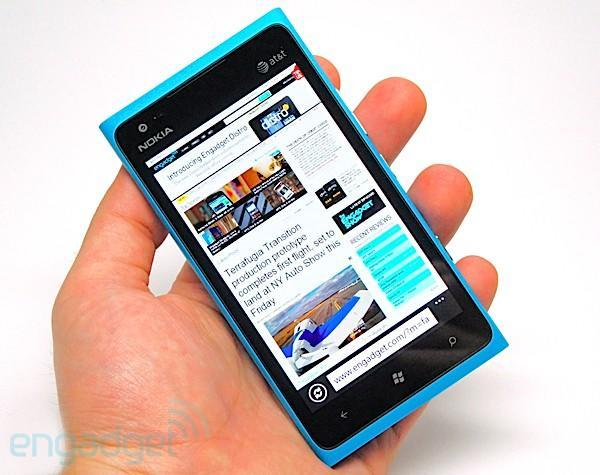 PSA: Nokia Lumia 900 available from Phones4U in the UK from today!