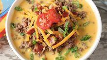 Atrévete a preparar esta sopa de Cheeseburger