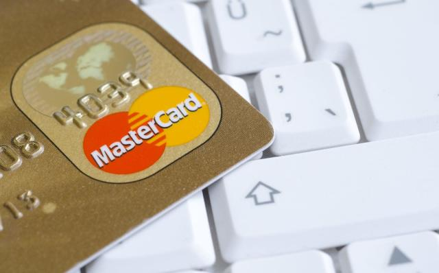 Google and Mastercard reportedly teamed up to track offline sales (update)