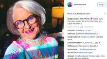 Star di Instagram a 88 anni: la nonna trasgressiva è un'icona fashion