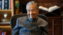 'Frugal' Dr M says he's already rich, without debt or shares (VIDEO)