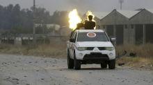Violentos combates no sul de Trípoli