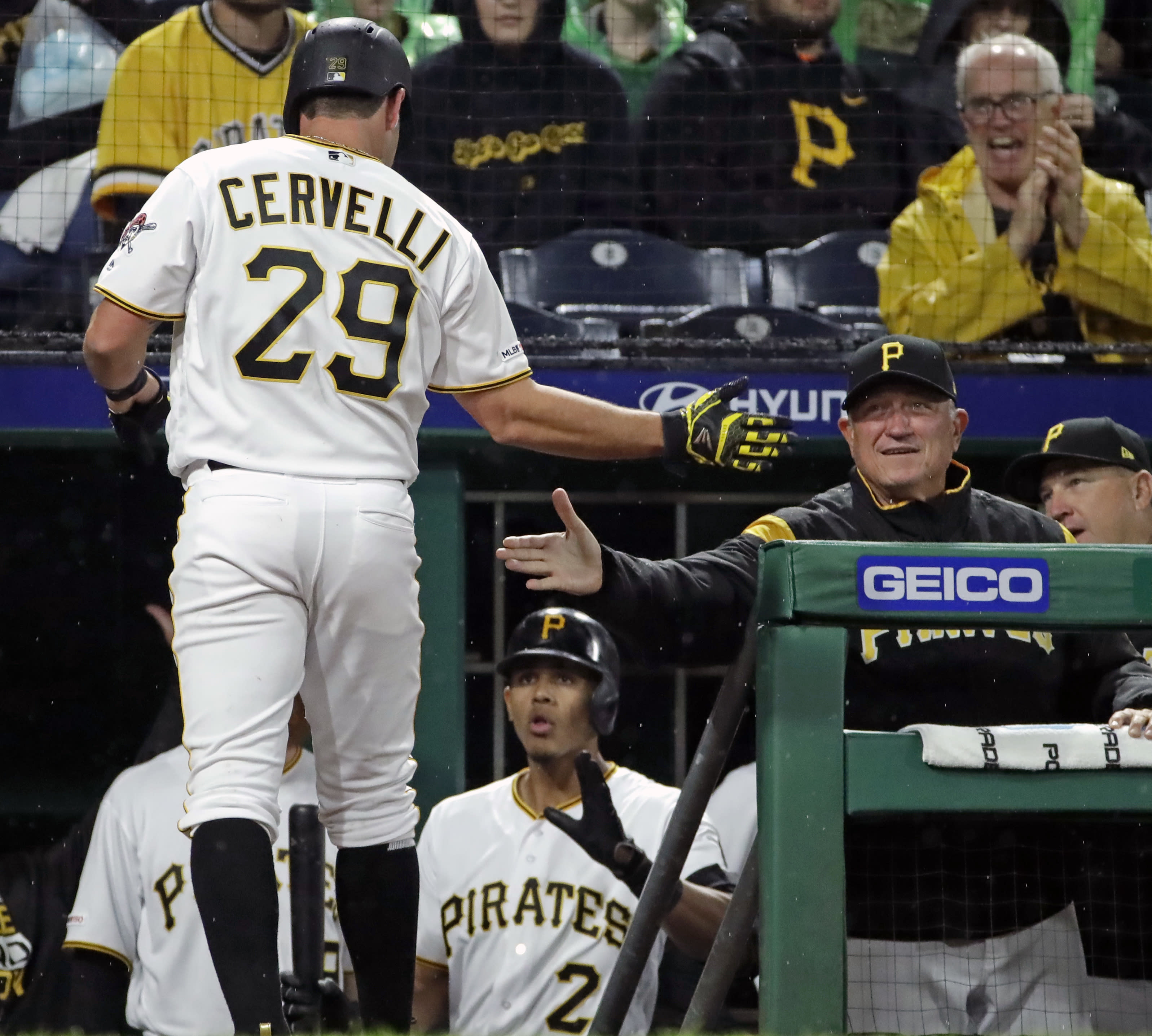 d1bf5358 Lyles, Marte, González injured in Pirates' win over Giants