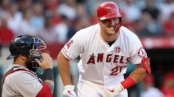 Injury doesn't keep Trout from winning AL MVP