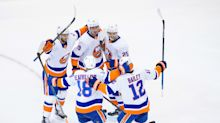 NHL Roundup: Islanders rout Panthers to advance to Round of 16