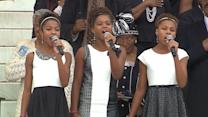 Trio of Young Girls Move National Mall With Anthem at MLK Event