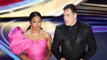 """Bardem dispara contra Trump en los Oscar: """"No hay fronteras ni muros que frenen el ingenio y el talento"""""""
