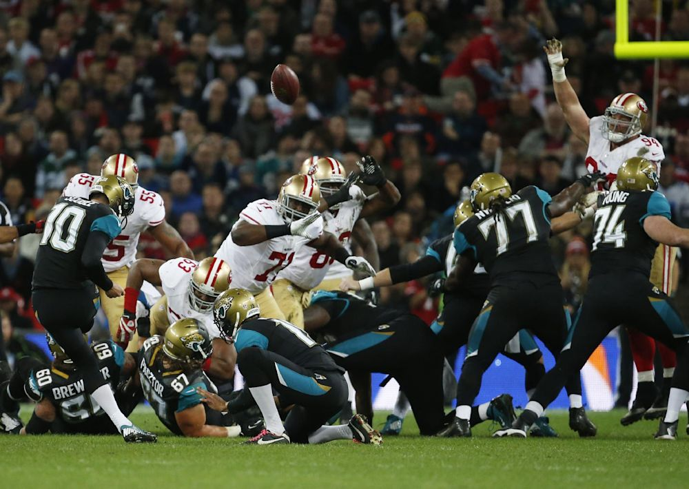 Jags' Rackley leaves 49ers game with head injury