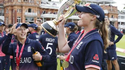 How England and Anya Shrubsole dealt with the pressure in a nail-biting Women's Cricket World Cup final