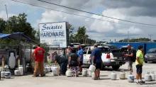 Carolina residents rush for gas as powerful hurricane advances