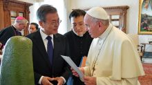 Papa indica que está dispuesto a visitar Corea del Norte