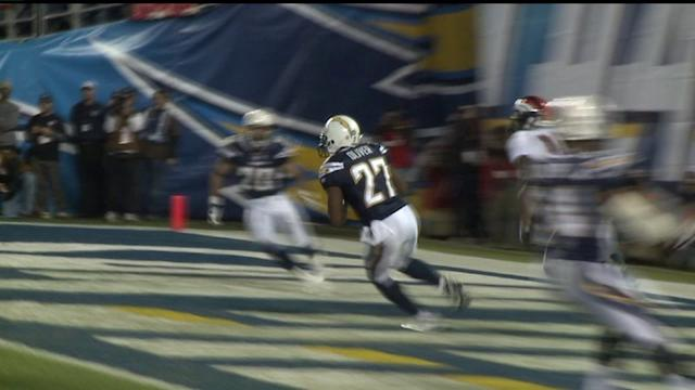 Former Charger Paul Oliver Dies at 29