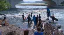 Hang 10th Street: River surfing competition rides the wave into southern Alberta