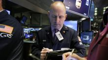 Mixed finish for US stock indexes over weak retail sales