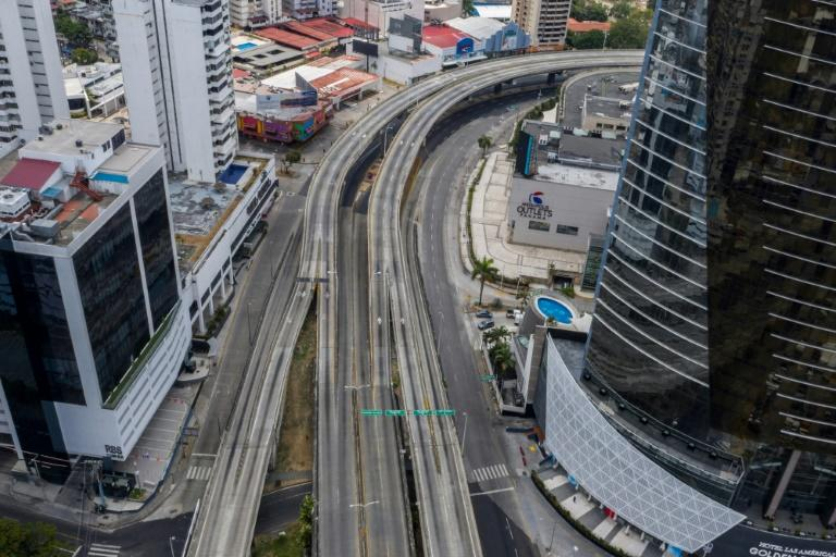 Aerial view of a deserted Panama City on April 05, 2020. (AFP Photo/Luis ACOSTA)