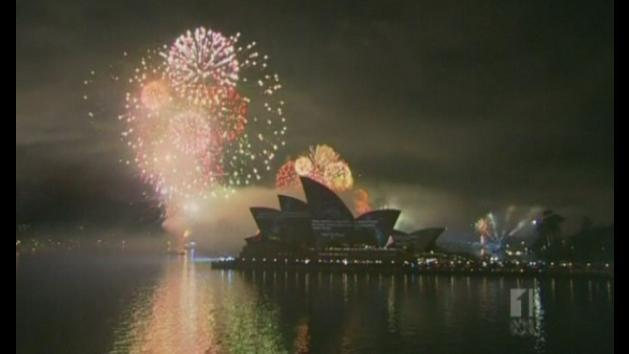 'World's most spectacular fireworks' light up Sydney harbour