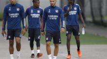 Foot - L1 - OL - OL: positif au Covid-19, Houssem Aouar est forfait pour affronter Dijon