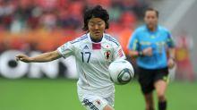 Japonesa campeã mundial no futebol feminino vai jogar em time amador masculino