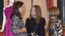 Herzogin Kate feiert Mode-Event im Buckingham Palace