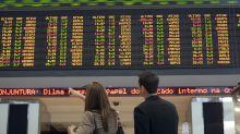 Dólar cai e volta para R$ 3,53 após Banco Central anunciar atuação no câmbio
