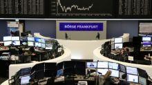 Borse Europa in calo dai massimi di ottobre, pesano banche e auto