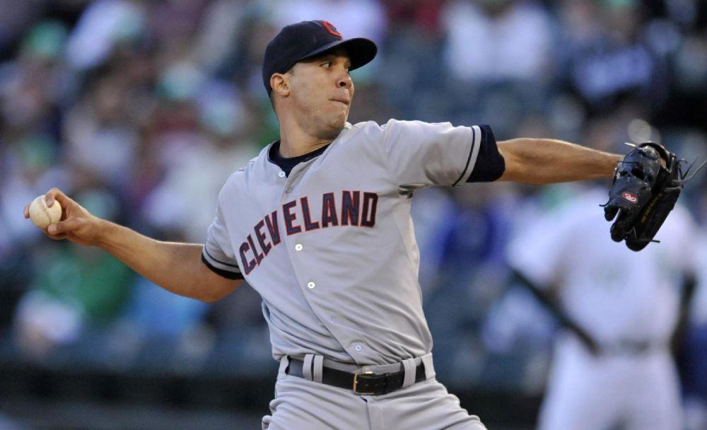 Jimenez leads Indians past White Sox, 8-1